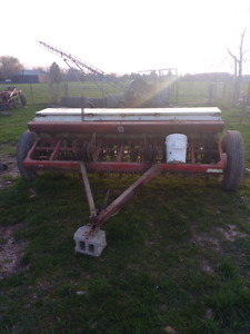 Mc Cormick International Seed Drill