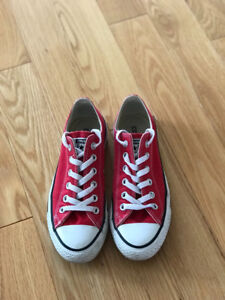 Red Converse Women's Size 7
