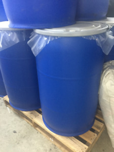 Used large Plastic Blue Drums w/lid $25 each -55 gallon