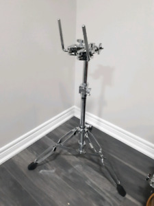 DW 9900 double tom stand              drums