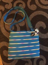 Blott zip handbag