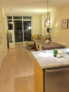 630ft2 - Stylish 1br + den - fully furnished - Olympic Village