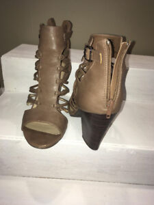 Faux leather sandal booties size 10, taupe