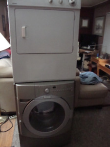 Stackable or side by side Front Load Washer and Dryer SET $380.