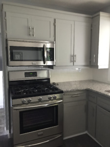 Clean Quiet Fully furnished Room Across from Medicine Hat Colleg