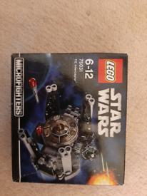 Lego Star Wars minifigures. Tie Intereptor