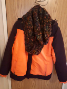 Young ladies winter jacket with scarf