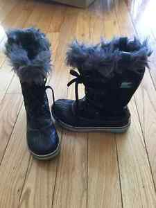 Sorely Winter Boots in excellent condition