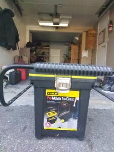Stanley Pro Mobile Tool Chest