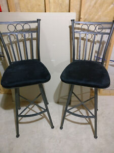 Set of 2 Bar Stool Chairs in perfect condition London Ontario image 1