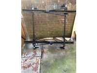 Roof bars with bike carriers