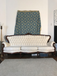 white tufted 3 seater