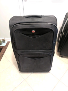 Swiss gear and Chenson luggage