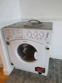 Integrated washing machine/Dryer HotPoint BHWD129