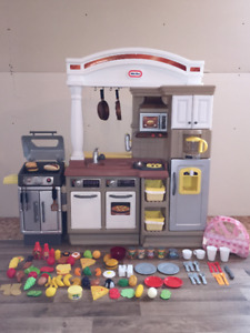 Cuisinette enfant + BBQ little tikes