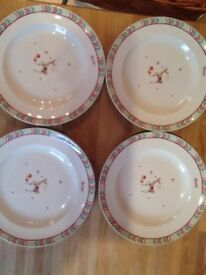 🎄 4 Spode Christmas Jubilee plates as new