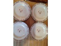 🎄 4 Spode Christmas Jubilee plates as new