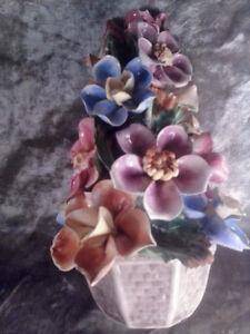 "CAPIDM0NTE FLOWER TREE 9""X5""   12 FLOWERS"