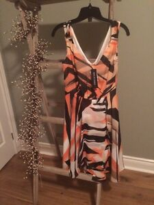 Beautiful Le Chateau dress size S
