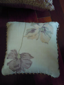 Beautiful Throw Pillows- Great Price! Cambridge Kitchener Area image 5