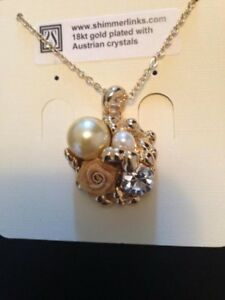 Pendant Style 18 kt Gold Plated w/ Austrian Crystals Necklace