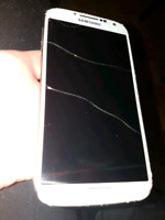 Unlocked Samsung Galaxy S4 (Broken Screen)
