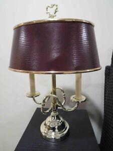 Lampe sur table abat-jour bourgogne