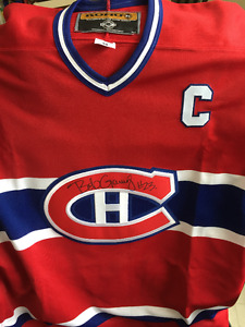 Bob Gainey autographed Montreal Canadien Jersey