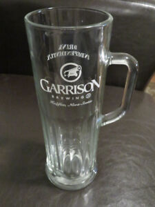 Garrison Brewing Co. Clear Glass Beer Mug 18 oz. Nova Scotia