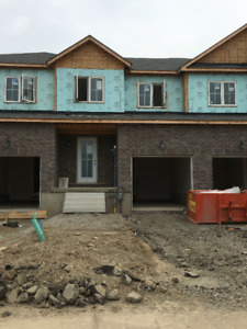 TOWNHOUSE FOR LEASE - CALEDONIA