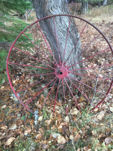 steel wagon wheel- decoration