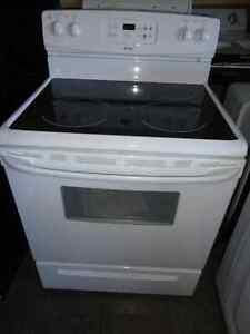 Kenmore Glass Stove in Excellent Condition