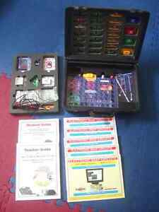 Snap Circuits Huge Set in Case - SC-750R