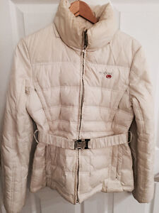 Eckored winter jacket size M but also fits a small