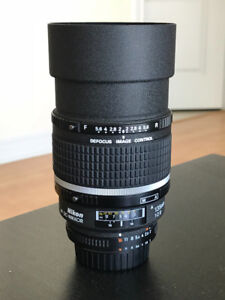 Nikon 135mm f/2 DC- Legendary Portrait Lens - Pristine Condition