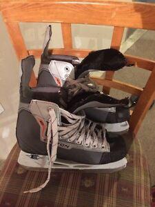 Easton EQ Magnum hockey skates