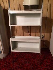Retro bathroom storage unit