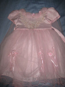 Girls Princess Dress- fits ages 2-4 years old