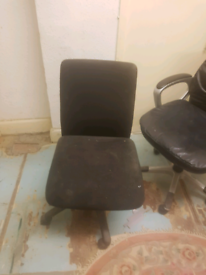 swiveling office chair