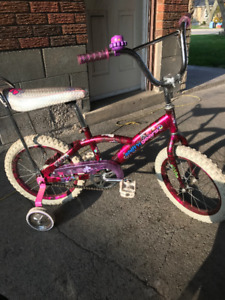 BANANA RAMA BEAUTIFUL GIRL'S BIKE $67 OPEN TO OFFERS!