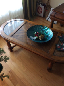 Coffee table and end table (set)