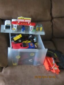 Big lot of dinkie's, mostly Hotwheel's & service station $15.00