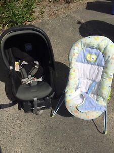 Infant bouncy chair free great shape
