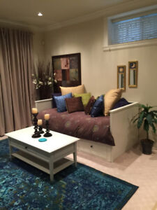Beautiful Fully Furnished Suite Apr - Sept