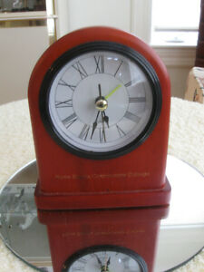 NEAT DOME-TOPPED BATTERY-OPERATED SOLID WOOD ALARM CLOCK