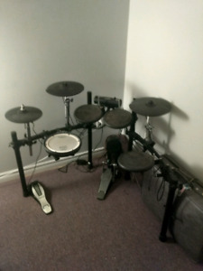 Roland TD4 Electric Drum Kit