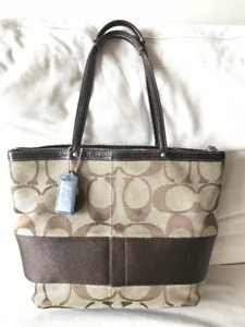 Authentic COACH Purse brown Tote