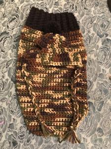 Dog sweater & Hat Set. Size xxs