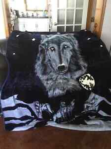 World Class Mink Blanket for twin bed - New @ $35.00 each  Peterborough Peterborough Area image 1