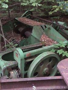 Lot d'équipement agricole